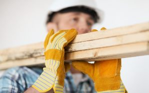 Czy odzież BHP wpływa na bezpieczeństwo pracy?