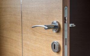 Jak wybrać drzwi i okna domu?